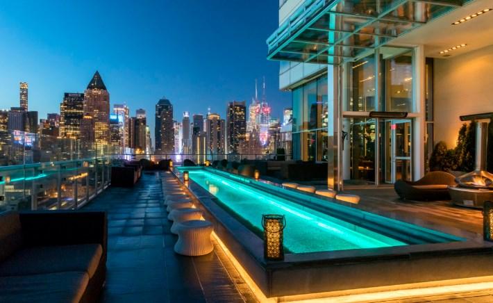 Список ресторанов в Нью-Йорке с панорамным видом на высоте